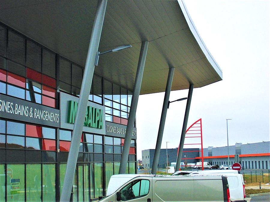 Éclairage parking magasins Houdemont